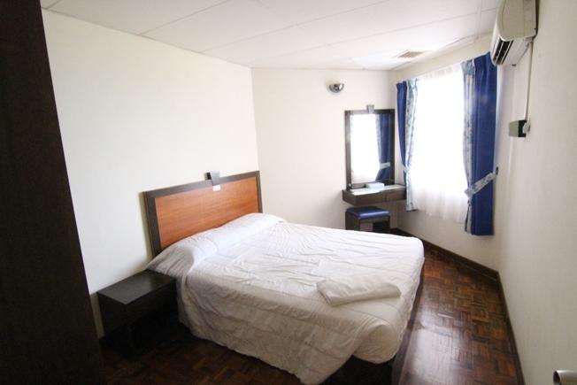 Deluxe 1 - Room
